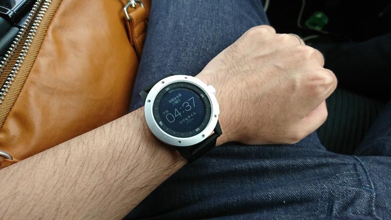 a96f9c274d 世の中の時計には、ボタン電池、ソーラー充電池、自動巻き、手巻き方式など、さまざまな駆動方式があります。Matrix Power Watch はそのどれでもない、「体温で発電する ...